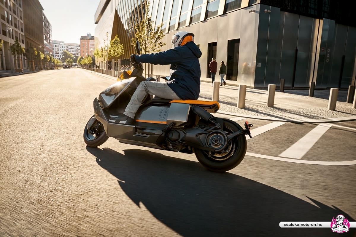 BMW CE 04-elektromos-robogo-2021-24