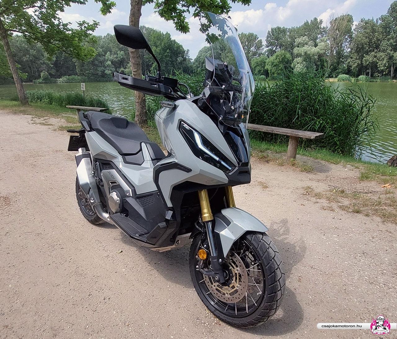 honda-x-adv-750-2021-teszt-csajokamotoron-10