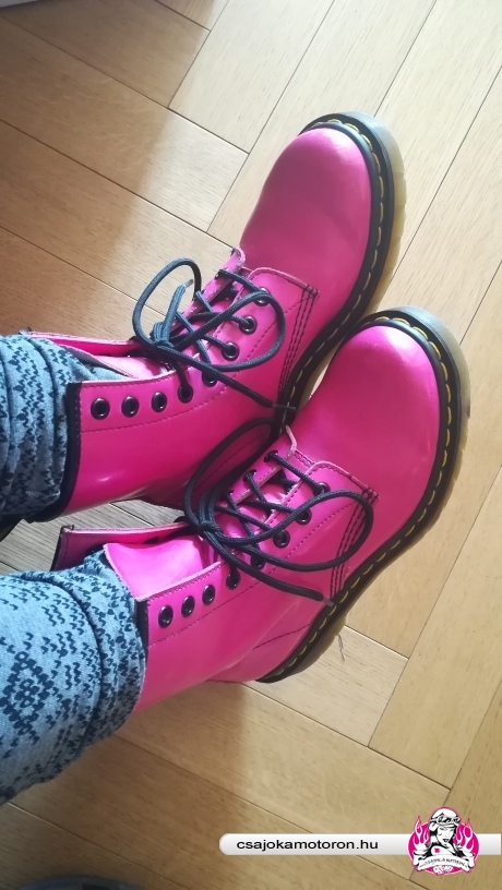 pink bakancs
