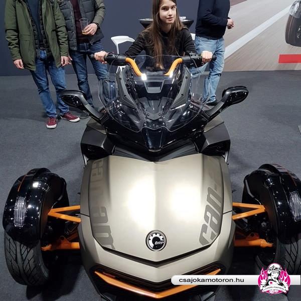 motorbeurs-utrecht-2020-motorkiallitas-15