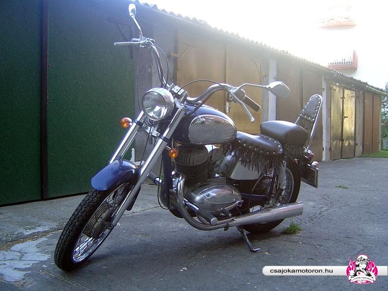 jawa-559-starsky-6