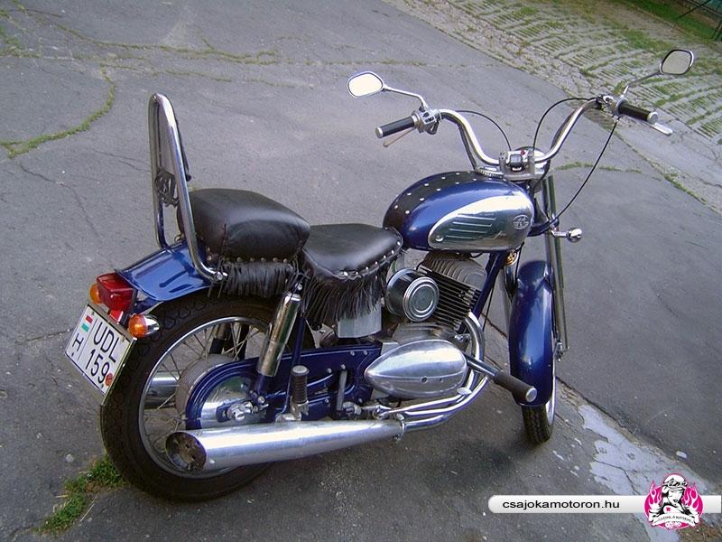 jawa-559-starsky-9