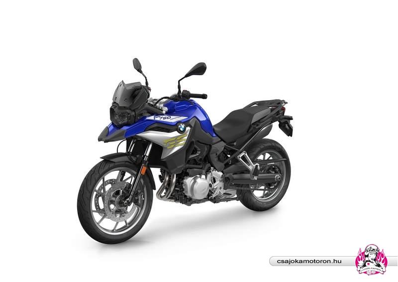 bmw-f750-sport-2021-1